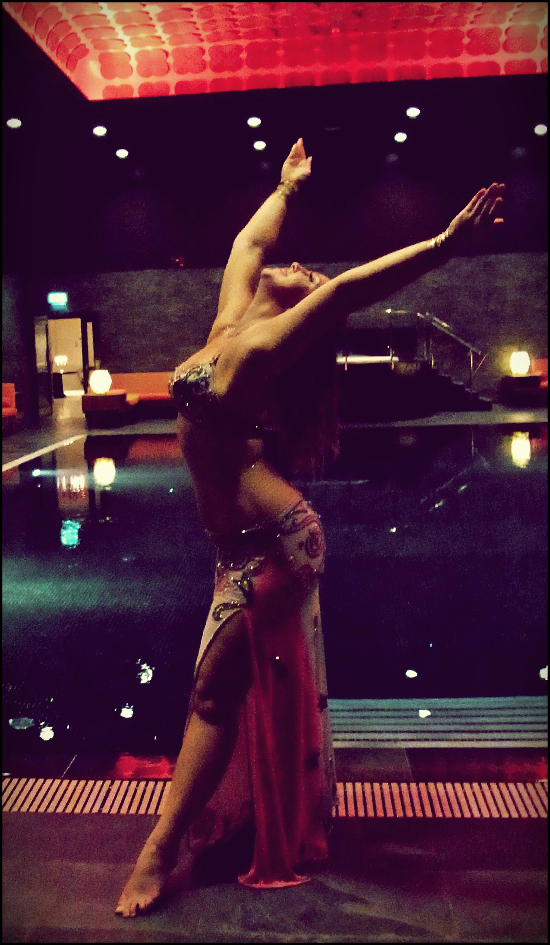 Maria Oriental - Belly Dance at the Opening of the Hamam at Marina Towers. Stockholm, September 2012.