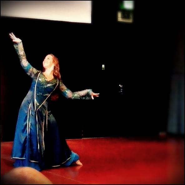 Maria Oriental - Blog - September 2015 - Persian Dance