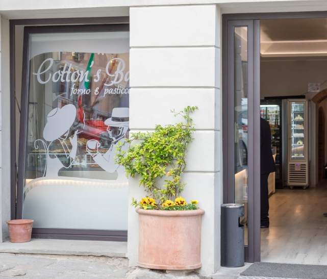 Cotton's Bar- located on the main square in Chiusi- a less than 2 min walk from our front door.