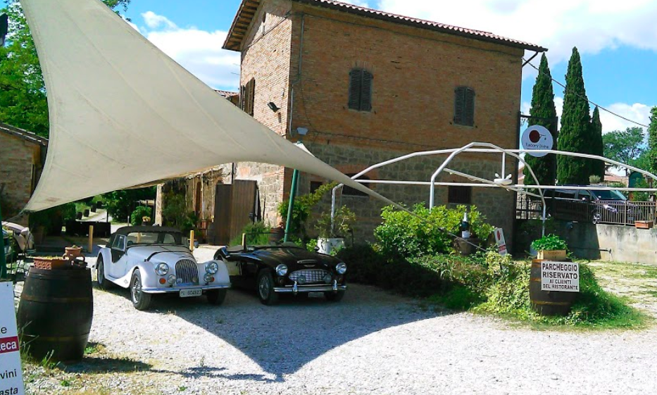 Is it a home?  Is it a vintage car dealership? No, it is Tuscany Divine - our favorite restaurant in Chiusi.