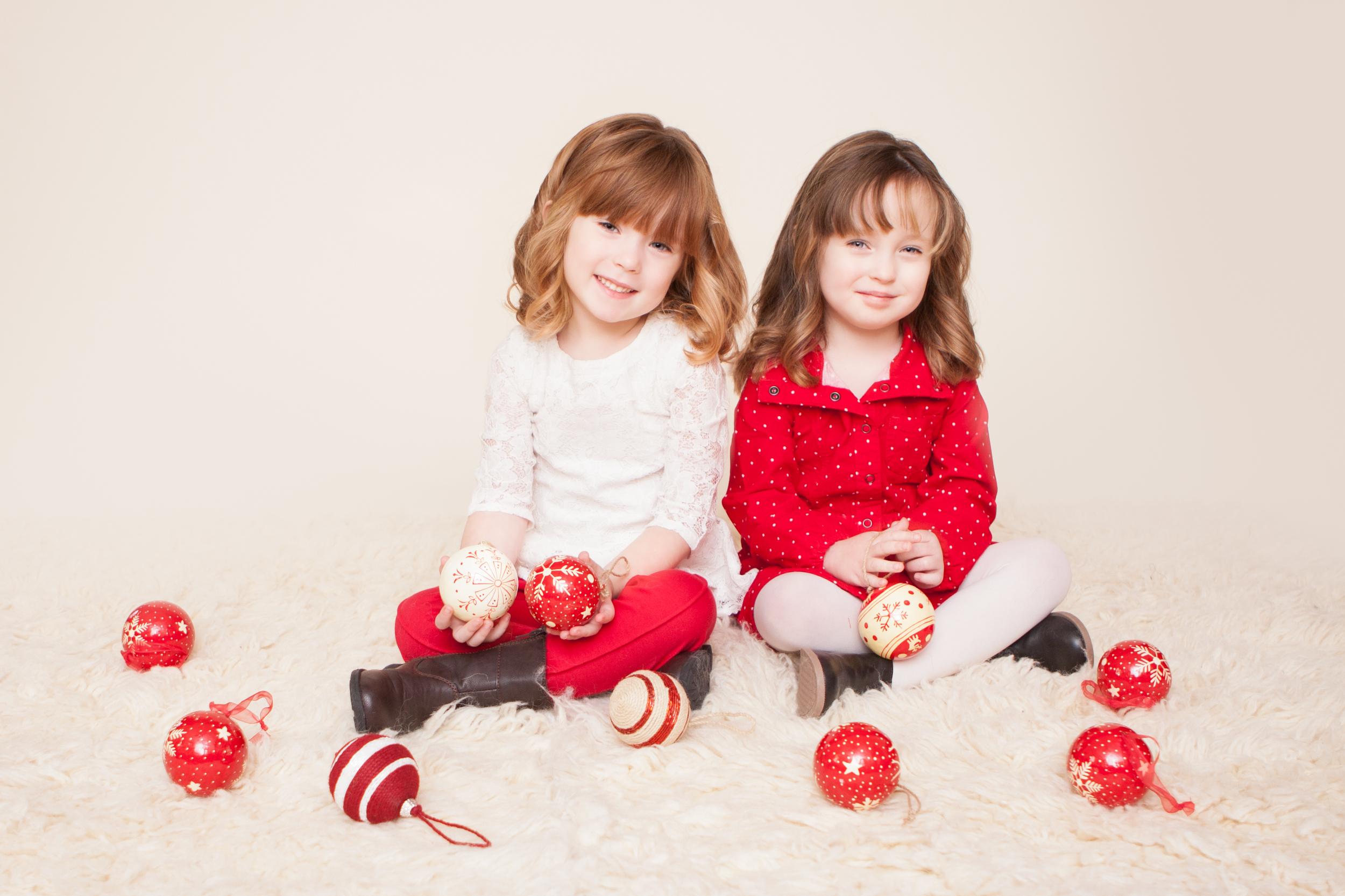 Holiday Christmas Photography Holiday Mini Sessions by Westchester County, NY and Manhattan / New York City, NY Newborn, Baby, Maternity, Child, Family Photographer, Amanda Noelle Photography.