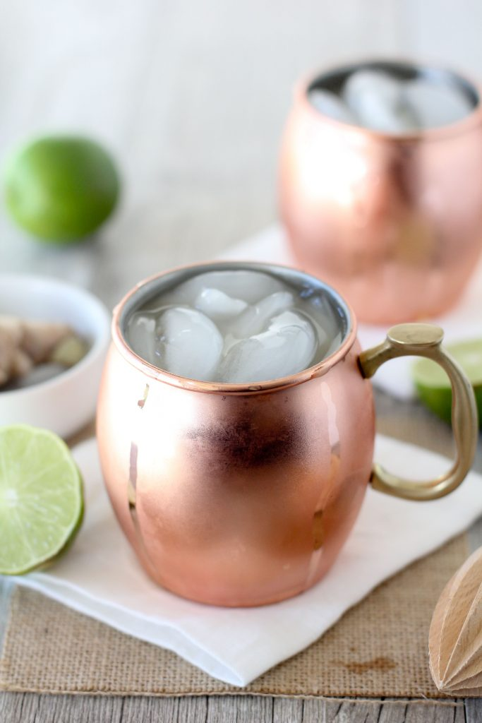 Apple Cider Moscow Mule - Ingredients: (1 serving)2oz cup apple juice or cider2oz cup ginger beer1.5oz shot of vodka.25oz teaspoon fresh lime juice1/4 teaspoon fresh grated gingerInstructions:Pour all ingredients over ice into a mason jar and stir for 10 seconds, enjoy! =)
