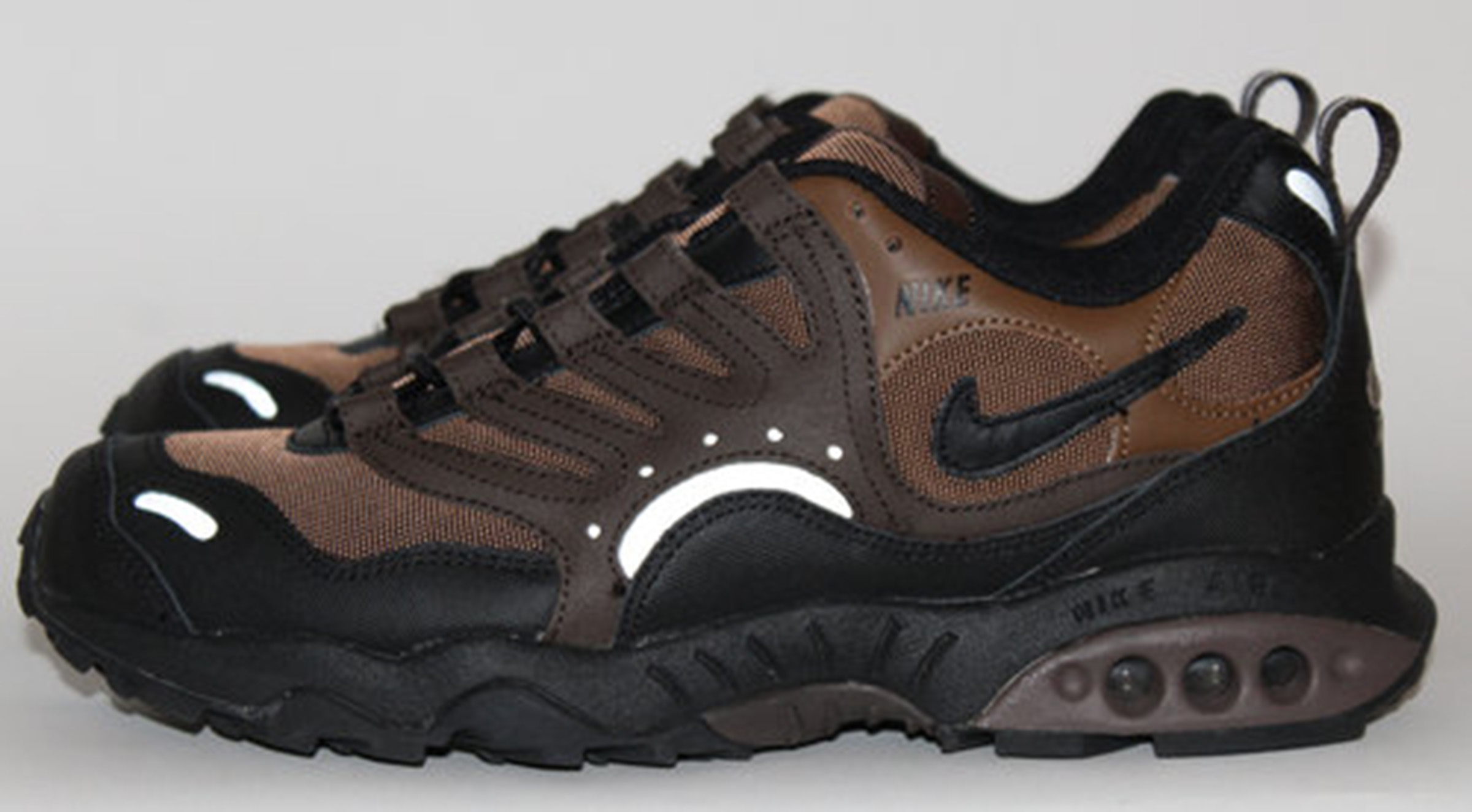 Nike Air Terra Humara Brown DS (Size 11
