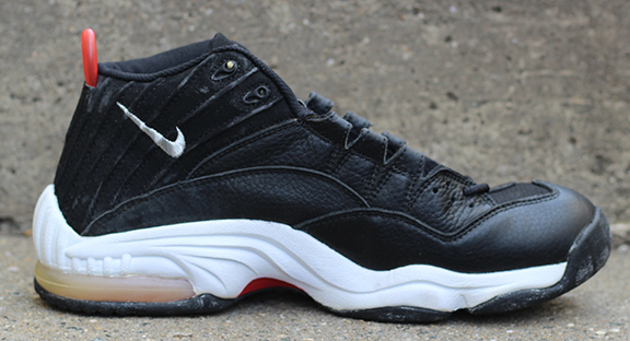 Nike Air MZ3 Black / Silver / Red (Size
