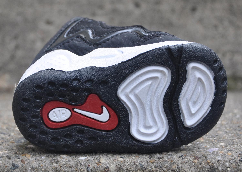 experiencia De confianza Productividad  Baby Nike Little Air Pippen 1 Black / Red (Size 2.5c) DS — Roots