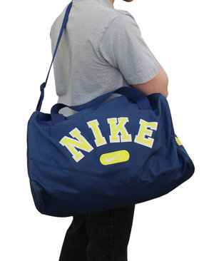 misil Alentar fuga  Vintage Nike Spell Out Navy / Yellow Duffle Bag — Roots