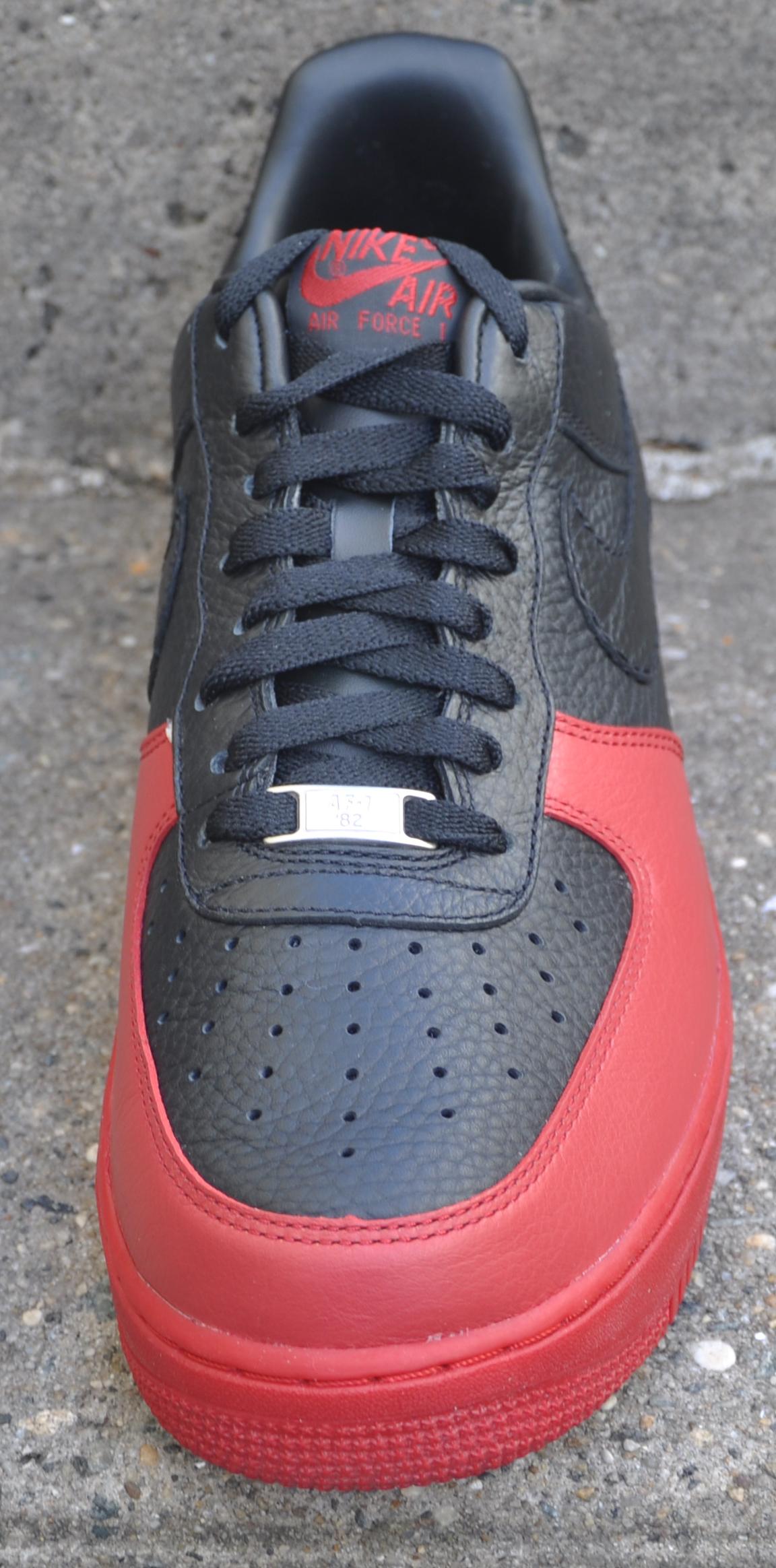 Nike Air Force 1 Low Black / Black