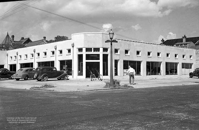 260 St Louis - Davis Motor Supply - Digital Copy of Historic Photo - 101818.jpg