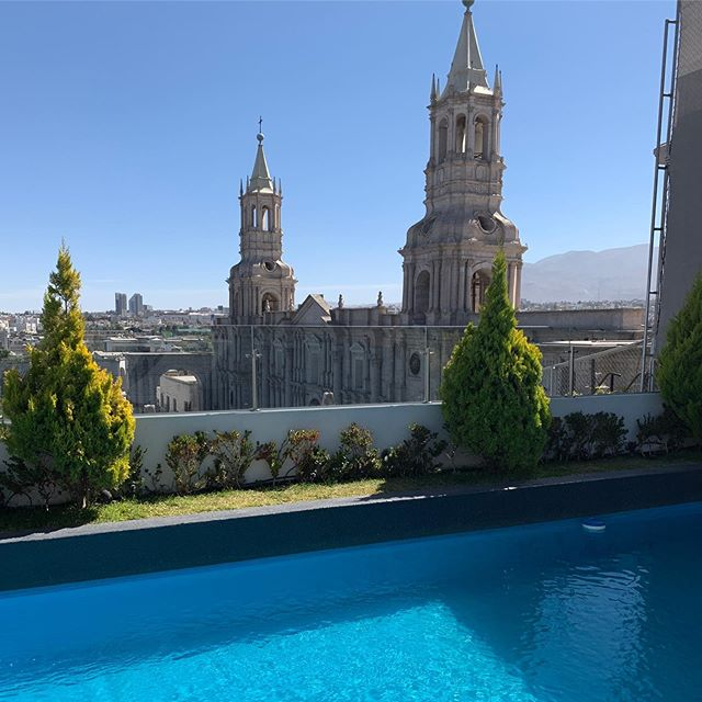 Some classrooms are just better than others punto ! #fitfashionmfa #arequipa