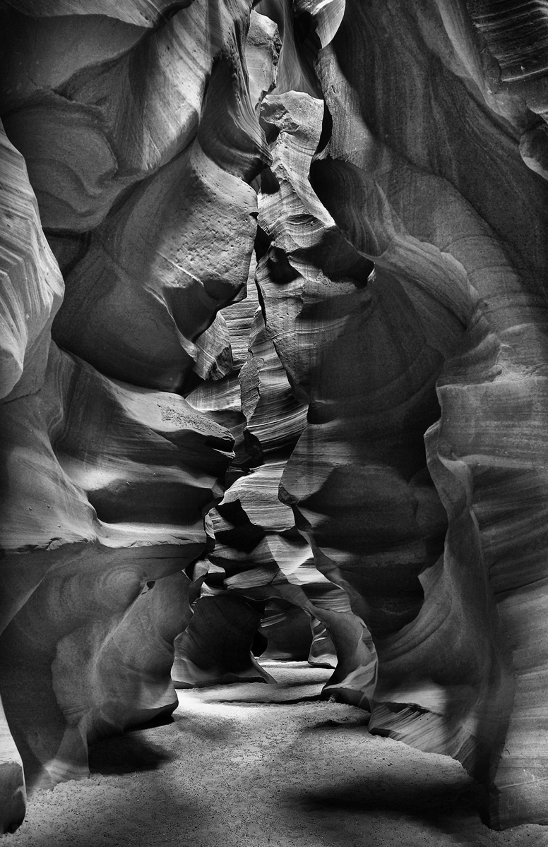 Antelope_Canyon_Page_BW.jpg
