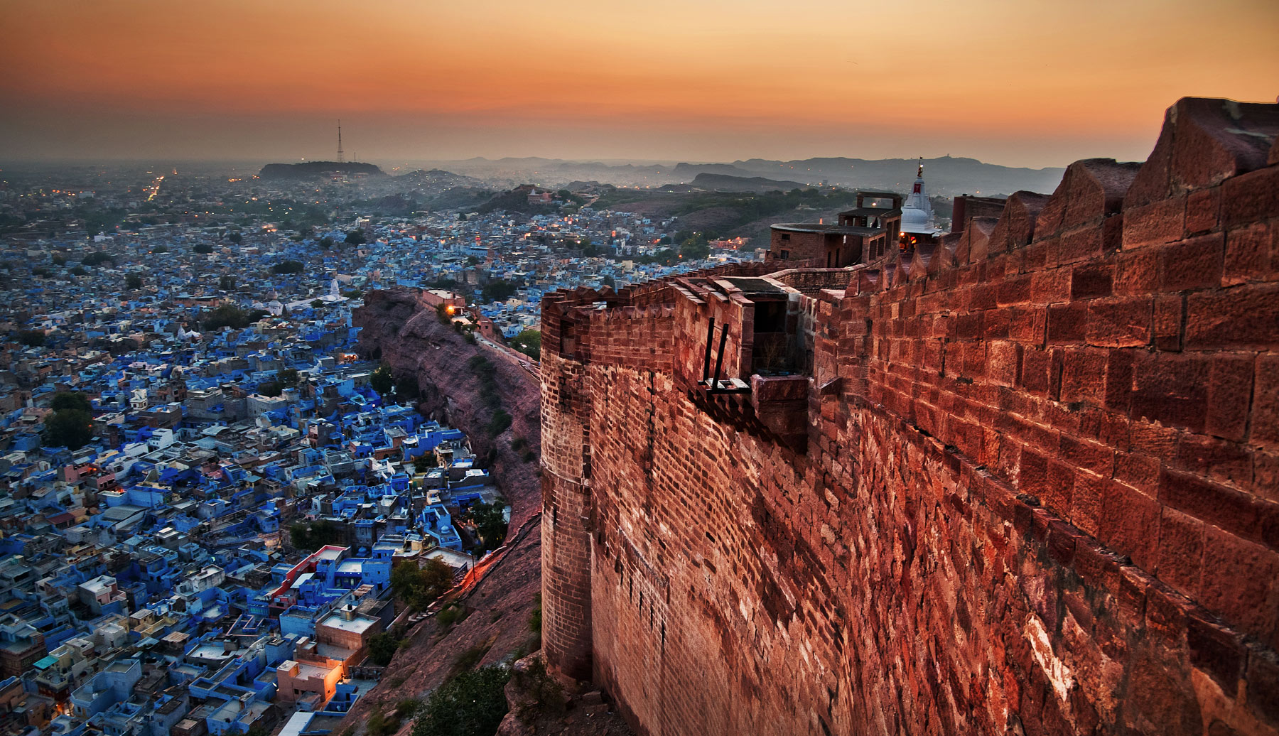 India_Mehrangarhsunset.jpg