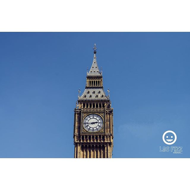 Elizabeth Tower, (Big Ben) . . . #britishmuseum #egypt #london #england #unitedkingdom #uk #britain #greatbritain #british #westminster #westminsterabbey #windsor #victoria #vancouver #atlanta #brentwood #euro #europe #english #losfizz #pentaxk3 #buckinghampalace #londonbridge #bigben #elizabethtower #rosettastone