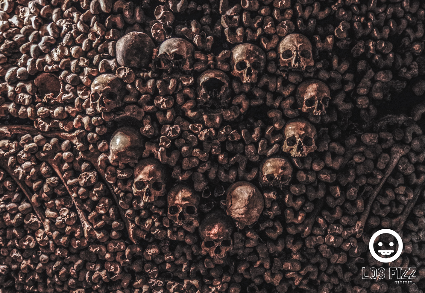 Heart made of skulls at the Catacombs of Paris, in France. Photo By LosFizz.