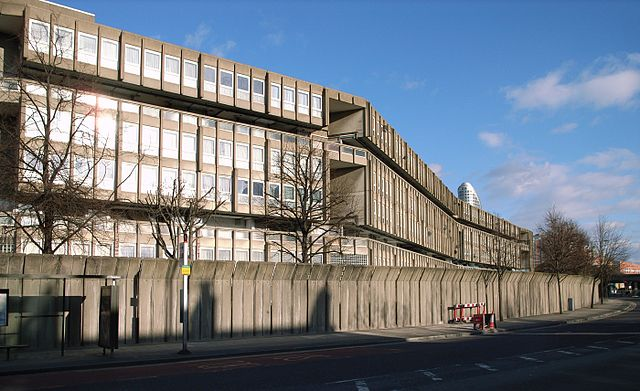 Robin Hood Gardens (1972). Architects Alison and Peter Smithson. C20 is currently fighting to save this iconic structure.