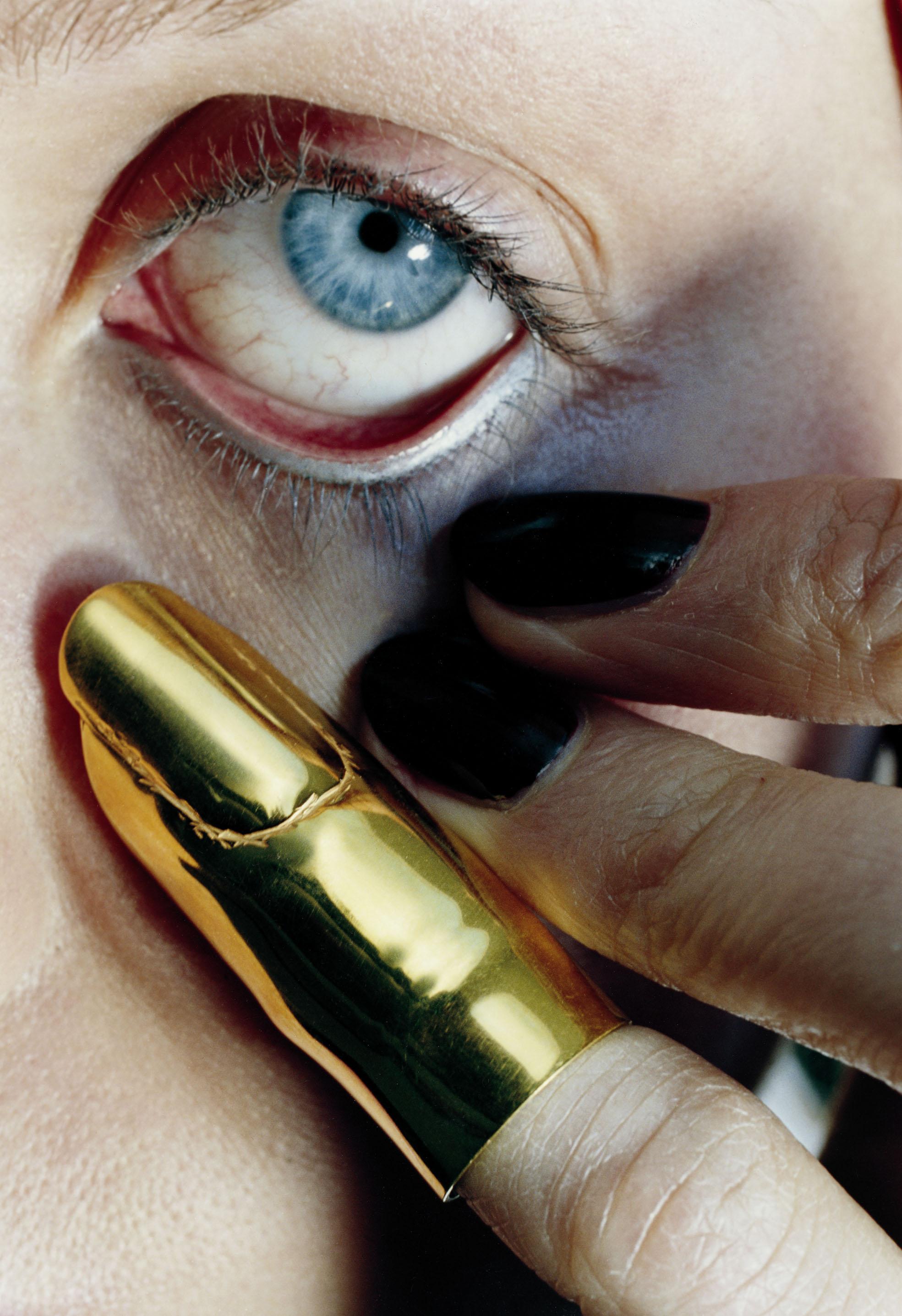 Helmut Newton - American Vogue (Monte Carlo 1995) copyright Helmut Newton Estate.