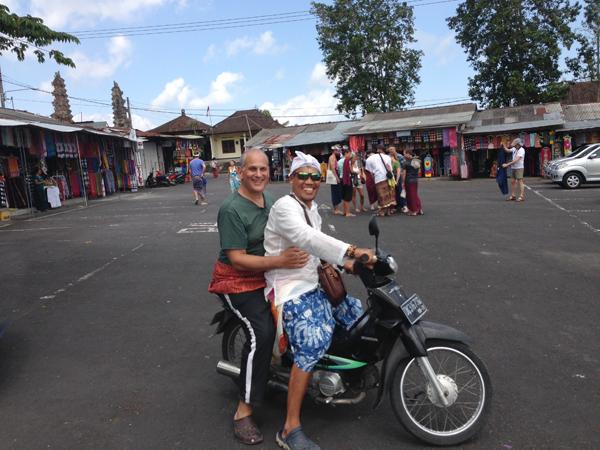 Steve & Agus on a bike_1347.jpg