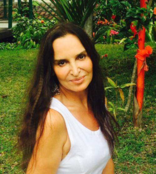 white dress-sit_CR_0893.jpg