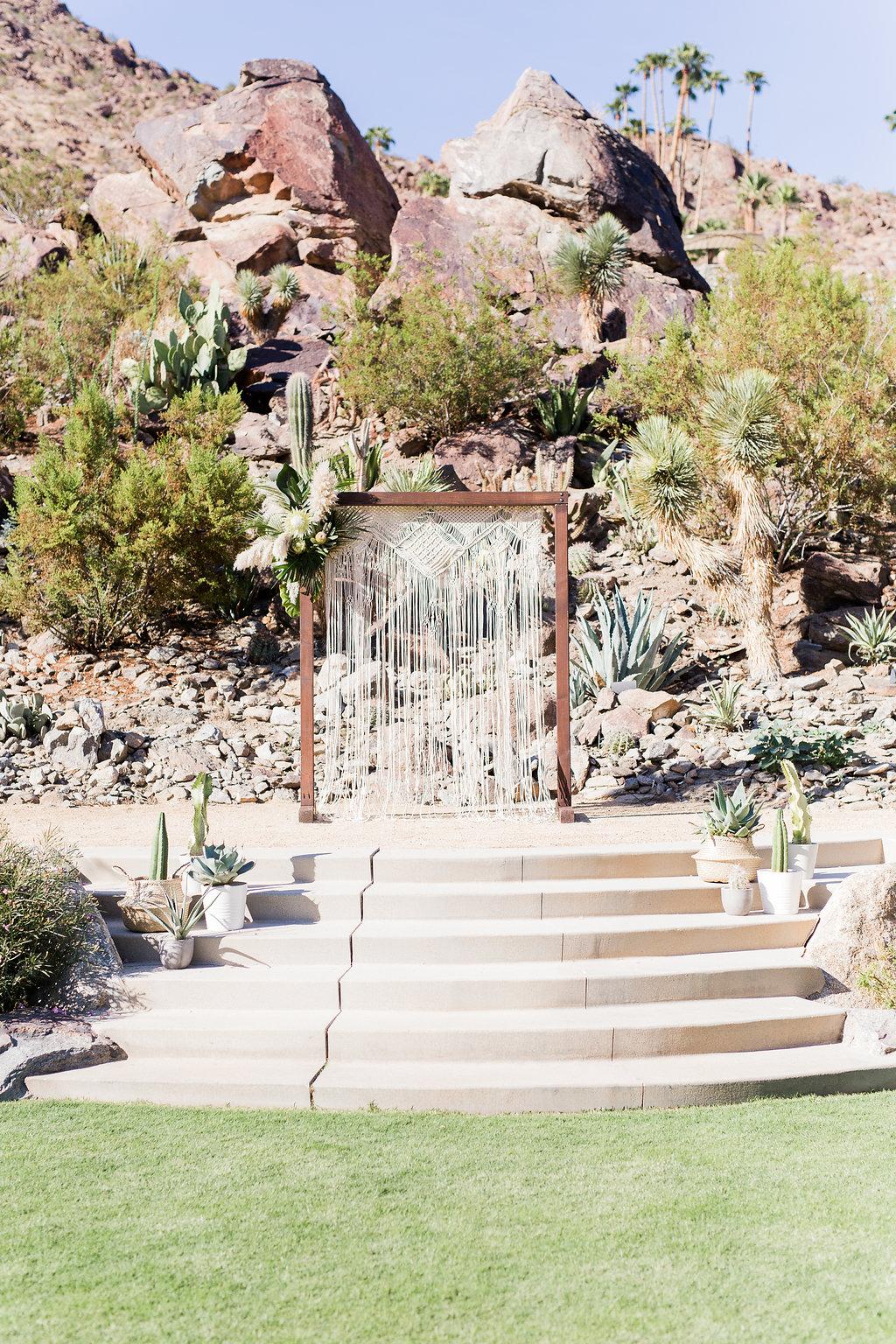 MeghanJordan-Wedding-VeraInAugust-310.jpg