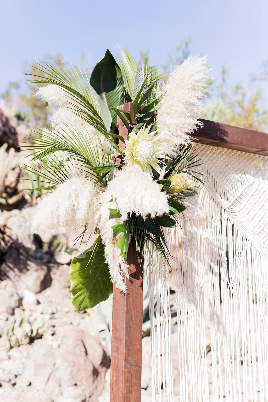MeghanJordan-Wedding-VeraInAugust-311.jpg