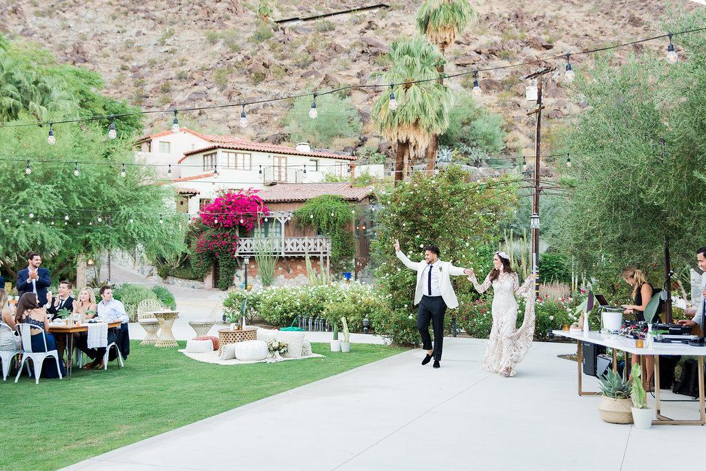 MeghanJordan-Wedding-VeraInAugust-1044.jpg