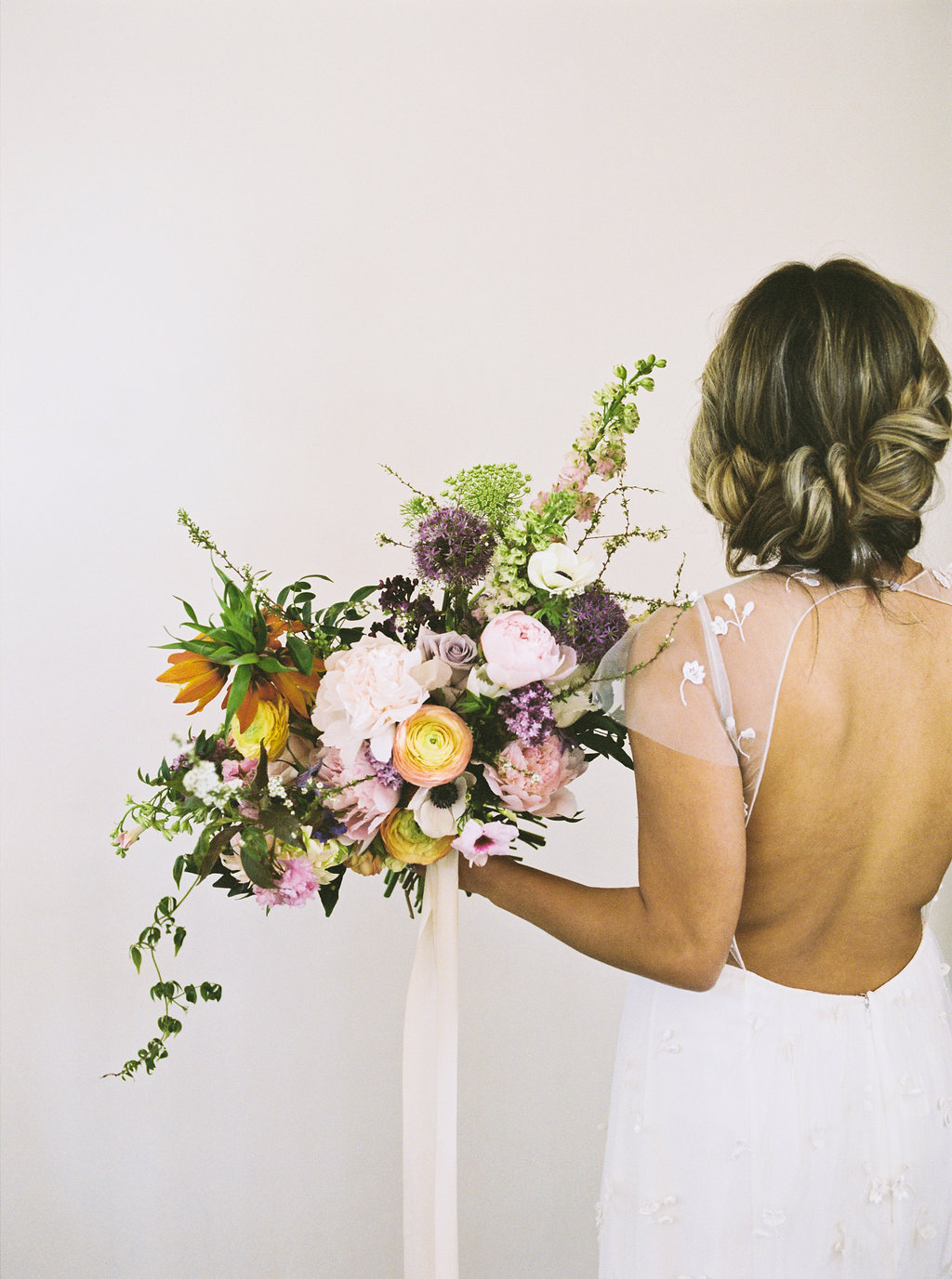 FloralBrickEditorialNatalieSchuttPhotography-23.JPG