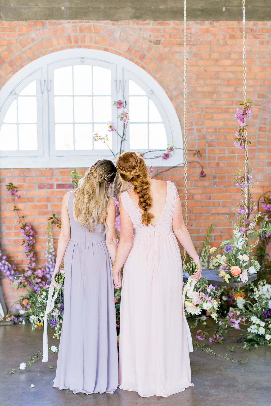 FloralBrickWeddingEditorial-NatalieSchuttPhotography-147.JPG