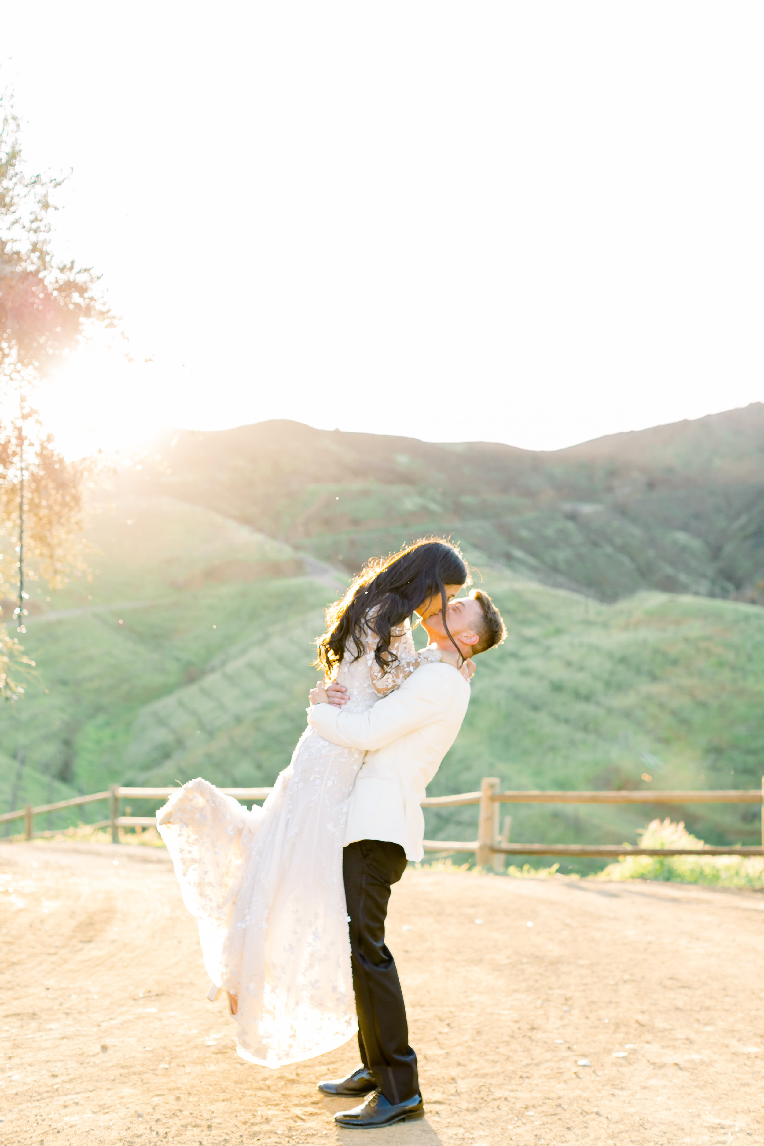 Levi & Amelia's Wedding - Natalie Schutt Photography - Bride + Groom-60.jpg