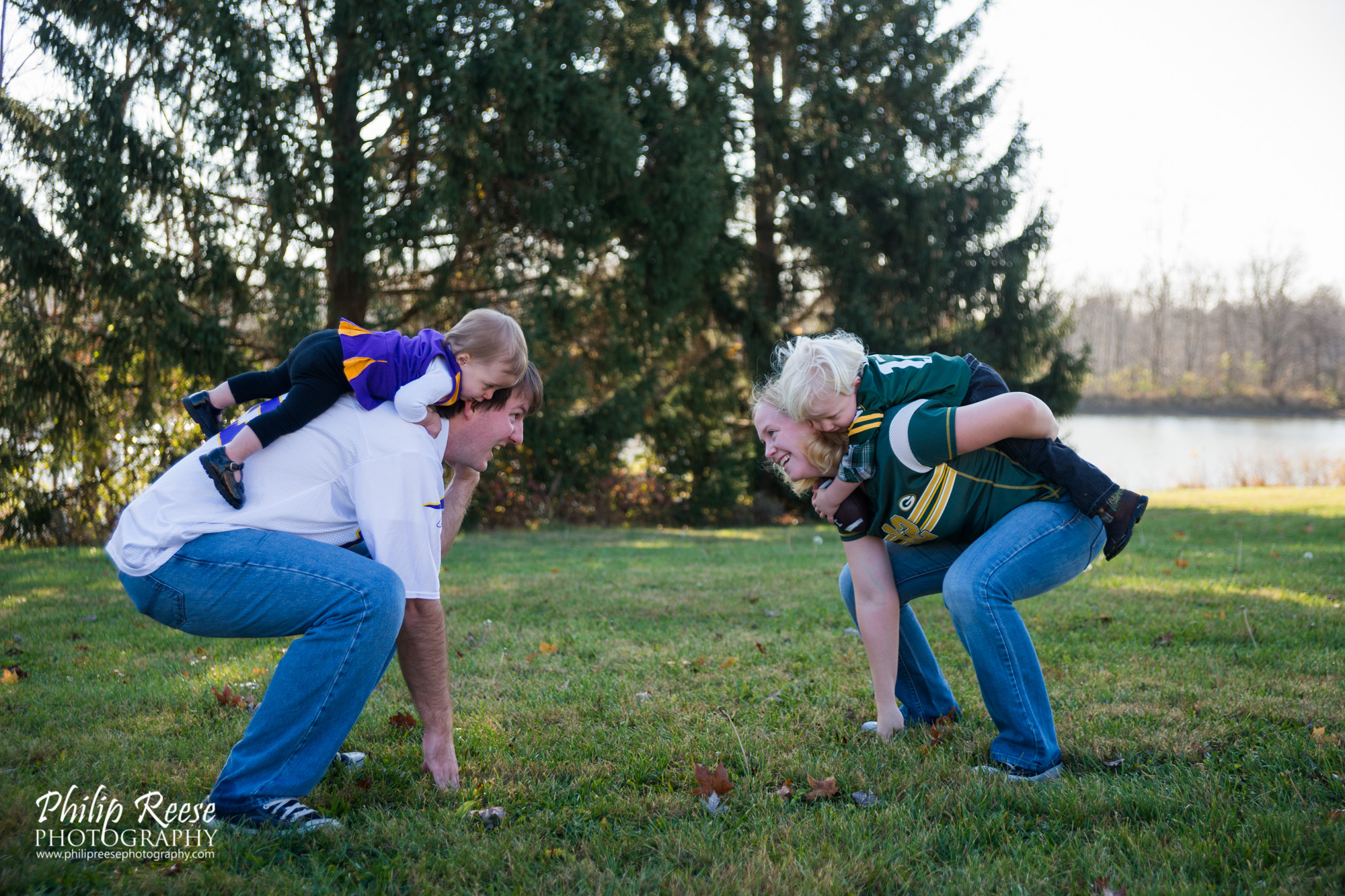philip reese photography, packers, vikings, NFL, family session, indiana photographer