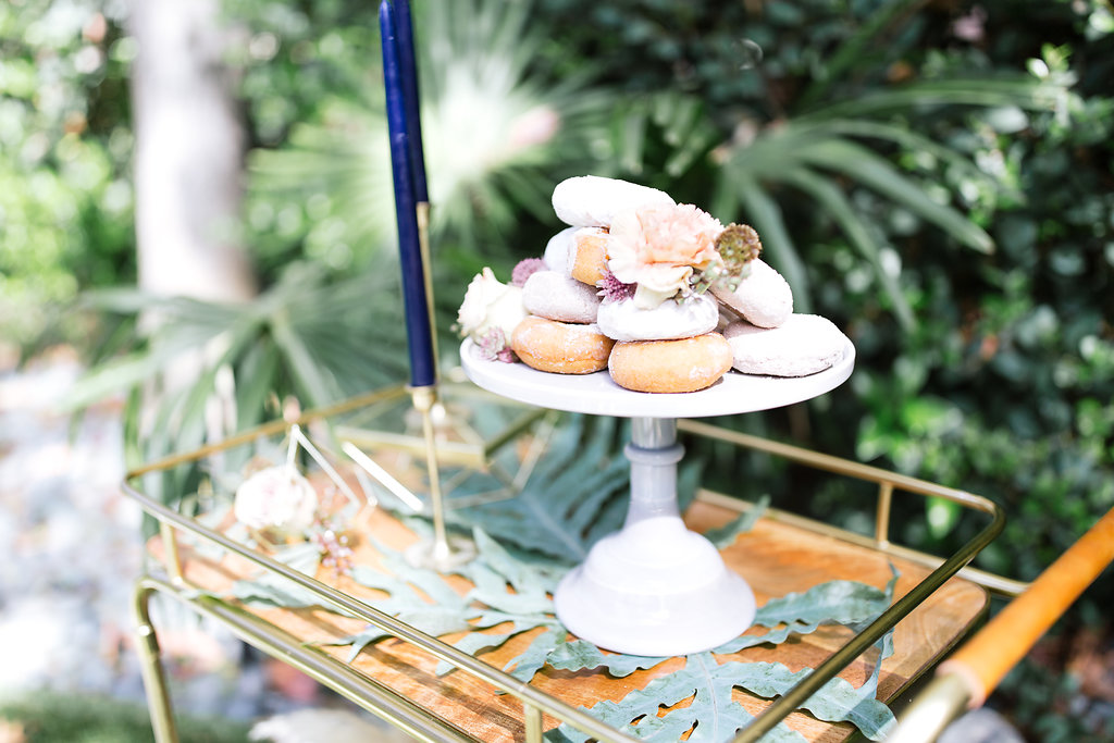 VINTAGE WITH A MODERN TWIST STYLED SHOOT