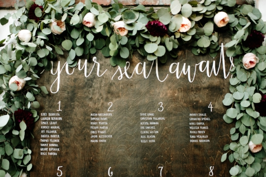 What to DIY and What Not to DIY on Your Wedding Day