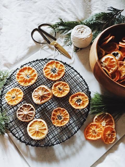How To DIY Dried Orange Garland
