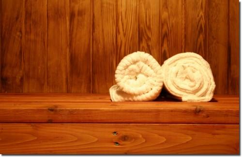 sm_two_towels_in_sauna_shadow.jpg