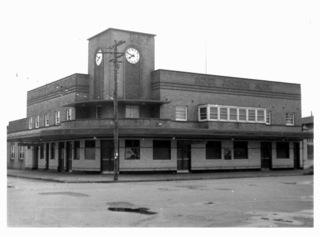 Sydney Junction Hotel, Hamilton (1959) - Rebuilt c1941  Photograph courtesy of Newcastle Region Library)