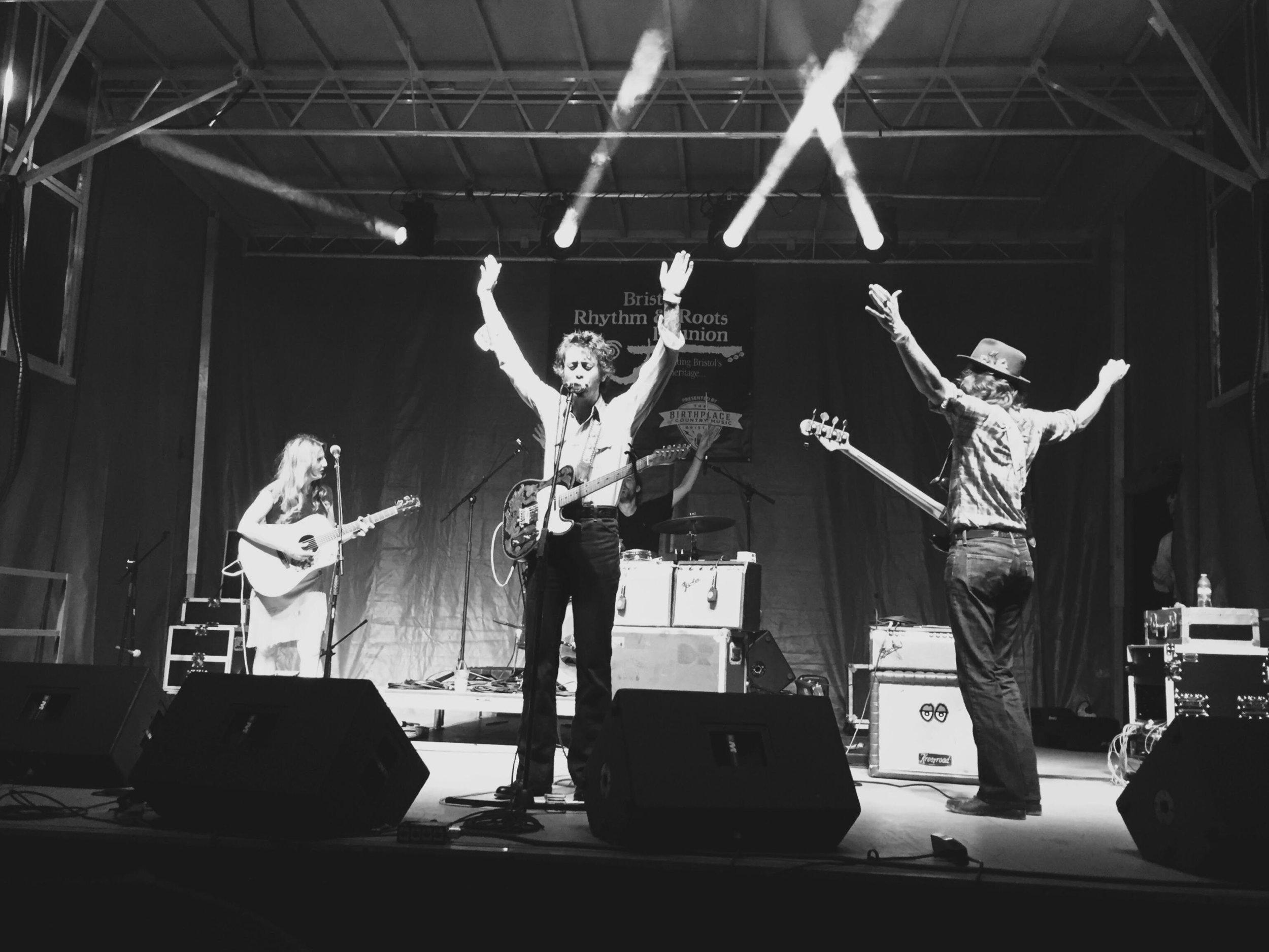 bristol-rhythm-roots-reunion-tennessee-virginia-daniel-romano-birthplace-country-music