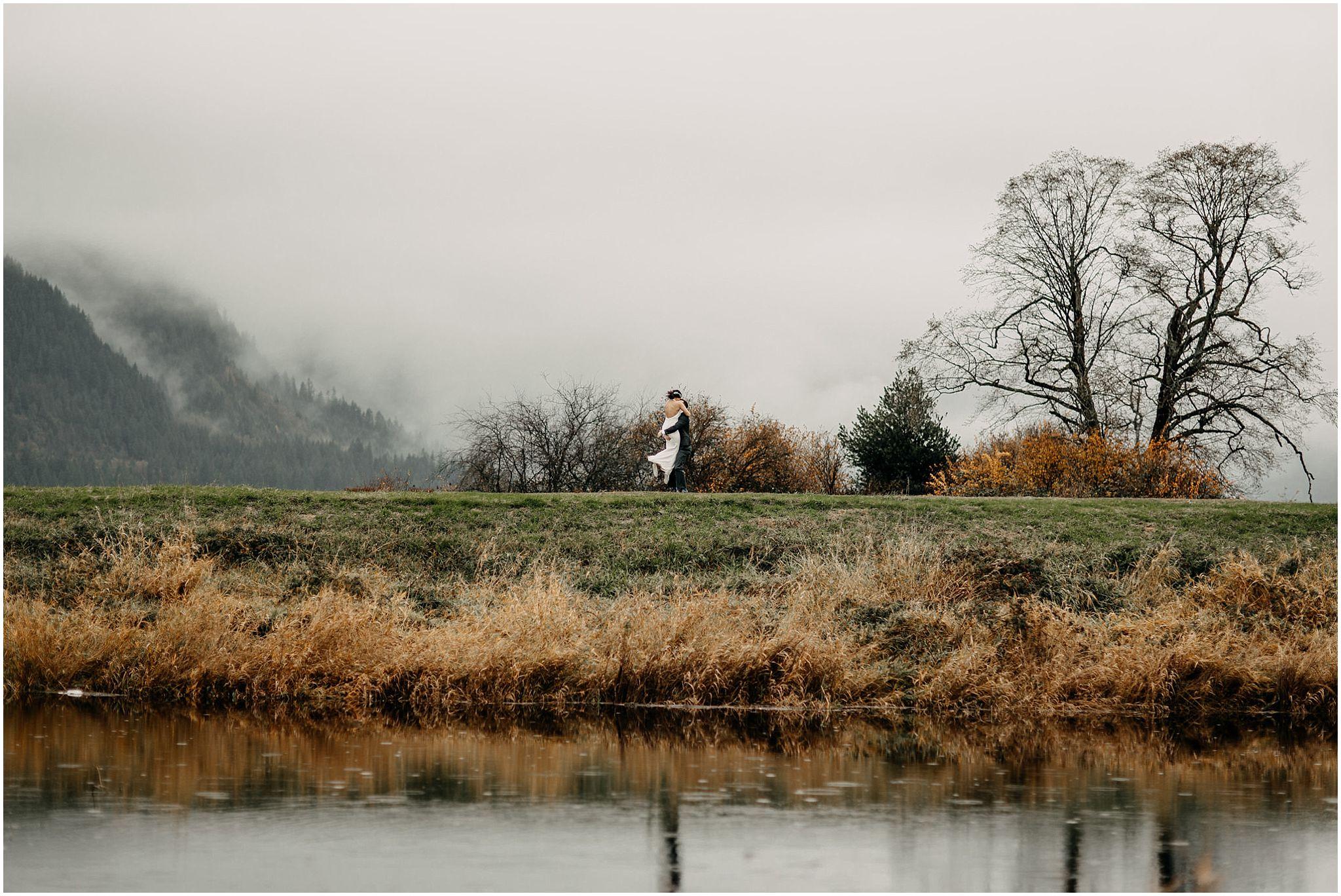aileen-choi-photo-pitt-lake-engagement-session_0027.jpg