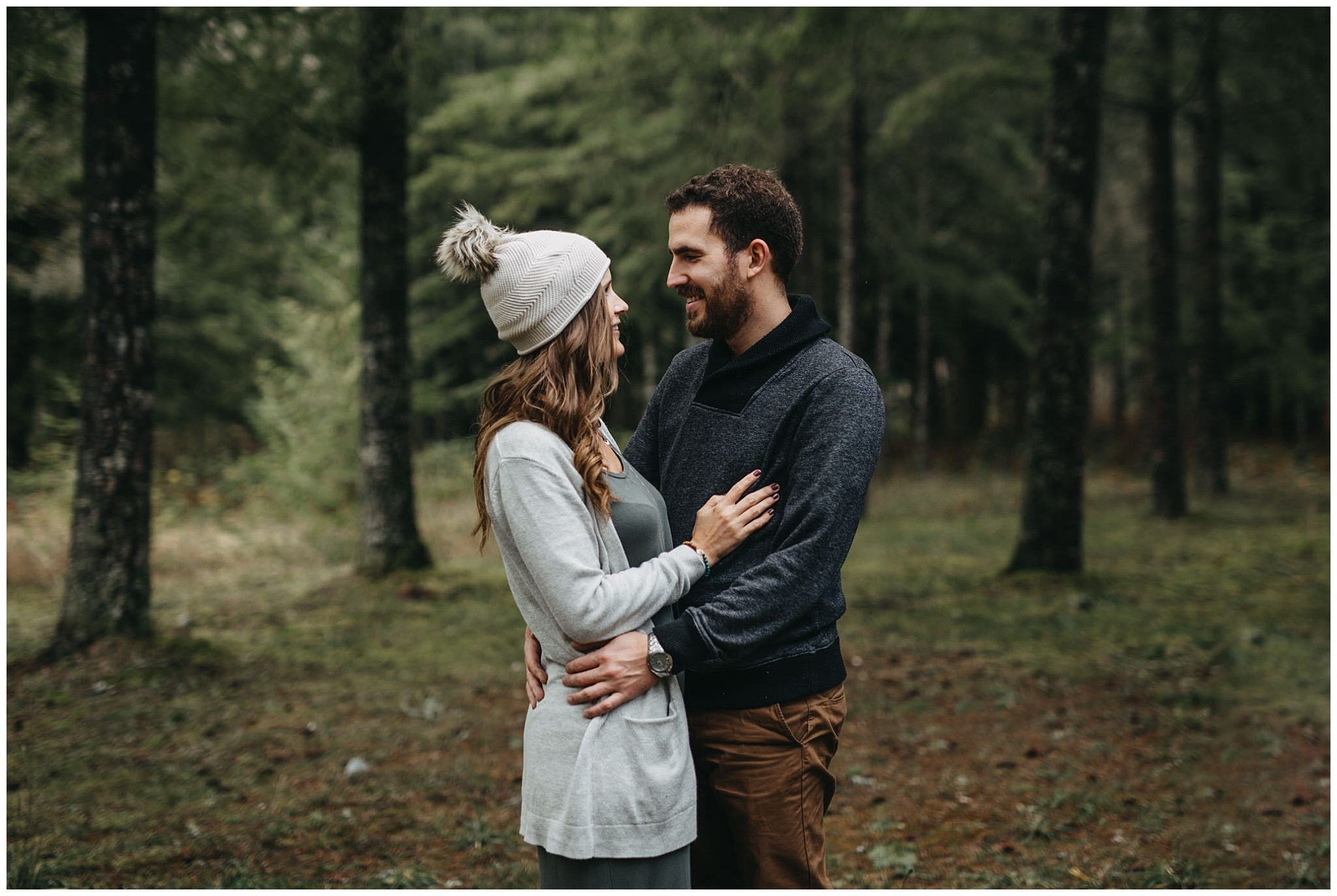 couple hug in forest chilliwack family photos