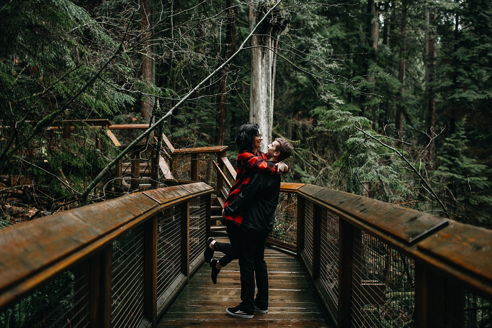 aileen-choi-photo-capilano-suspension-bridge-engagement-photos_0032.jpg