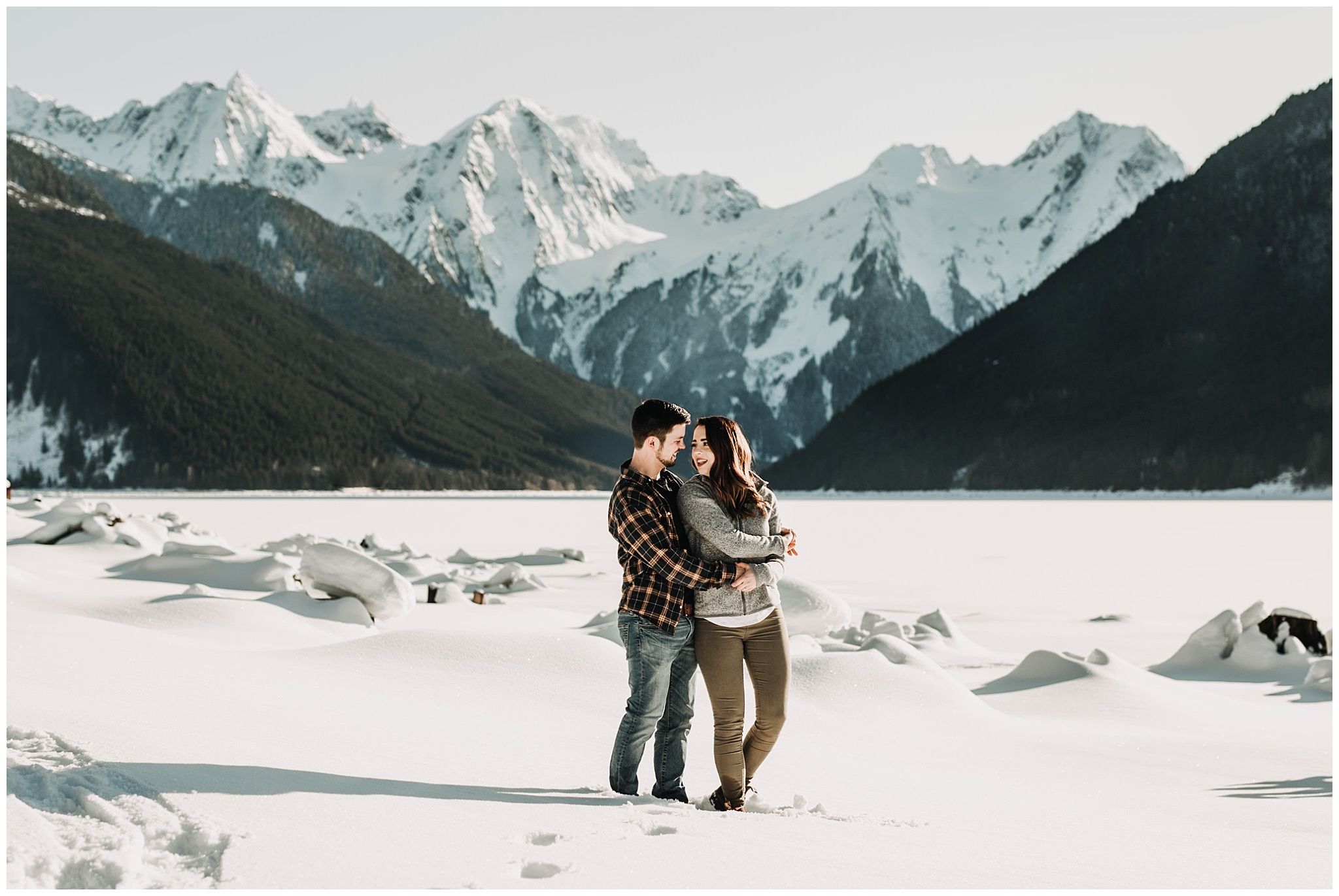 couple in front of mountains at jones lake engagement session