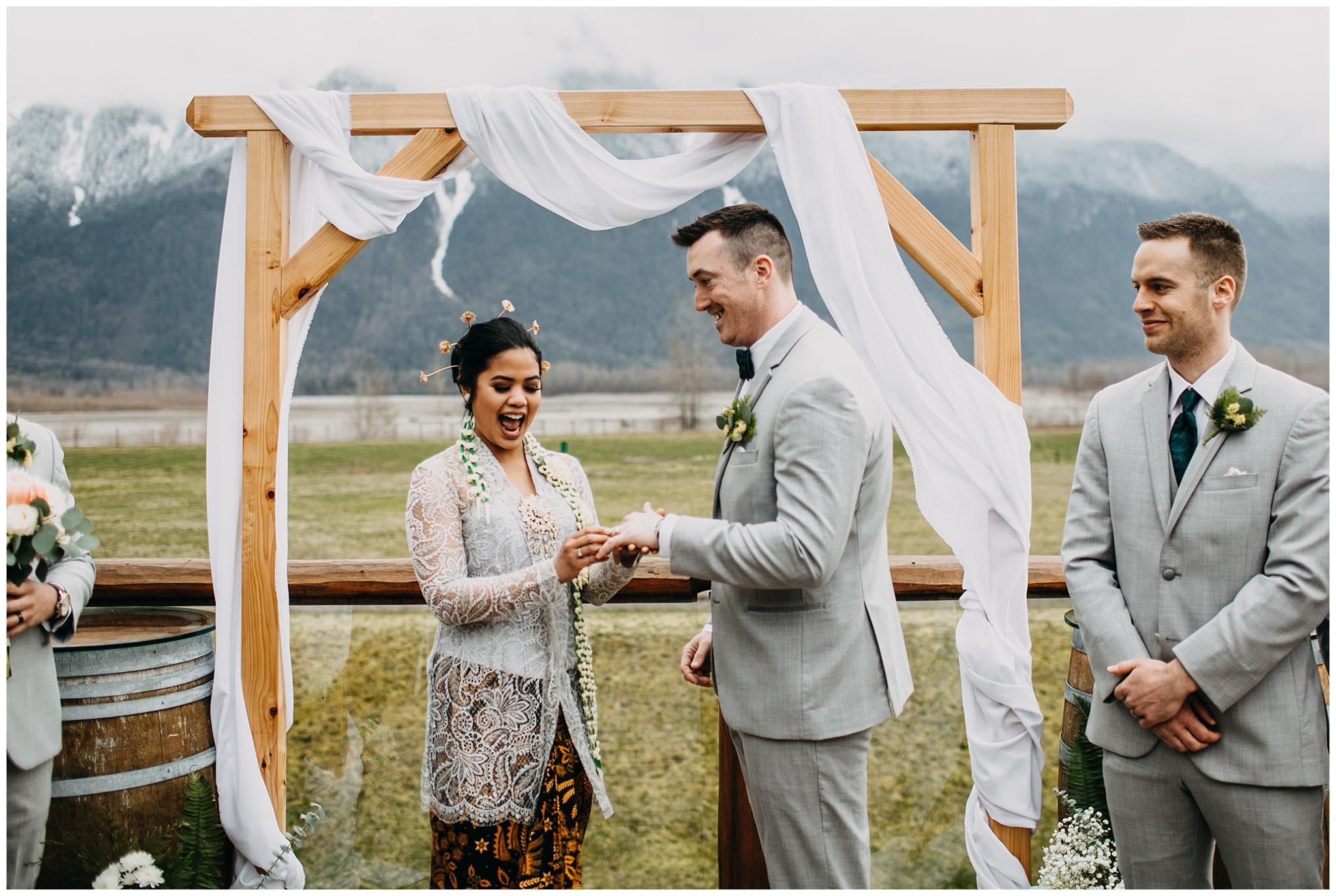 fraser-river-lodge-agassiz-bc-wedding_0026.jpg