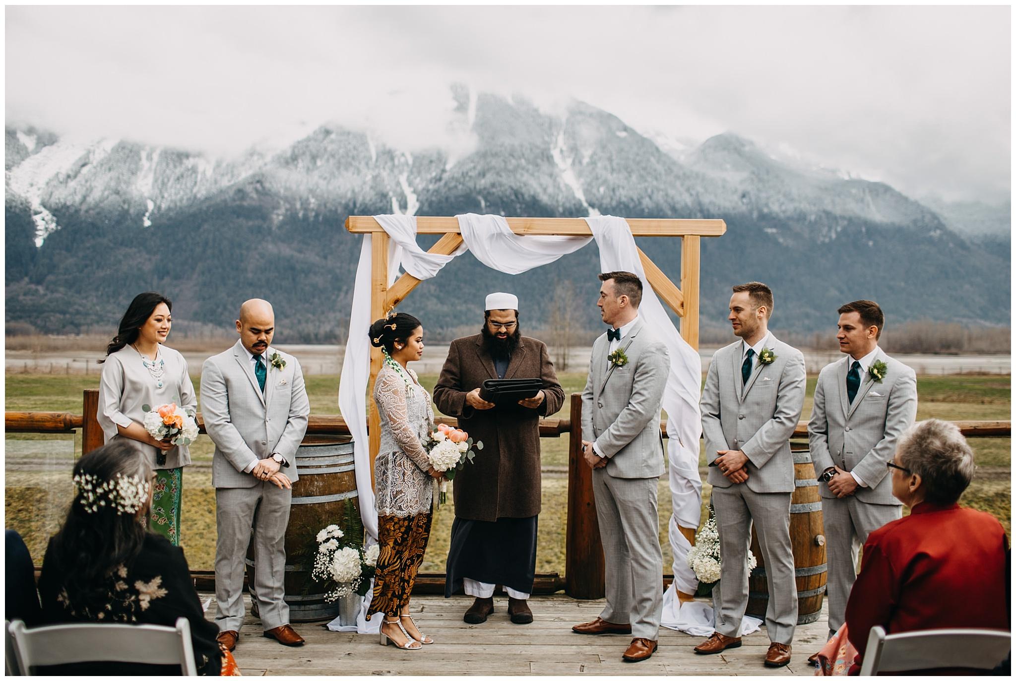 fraser river lodge wedding ceremony outside