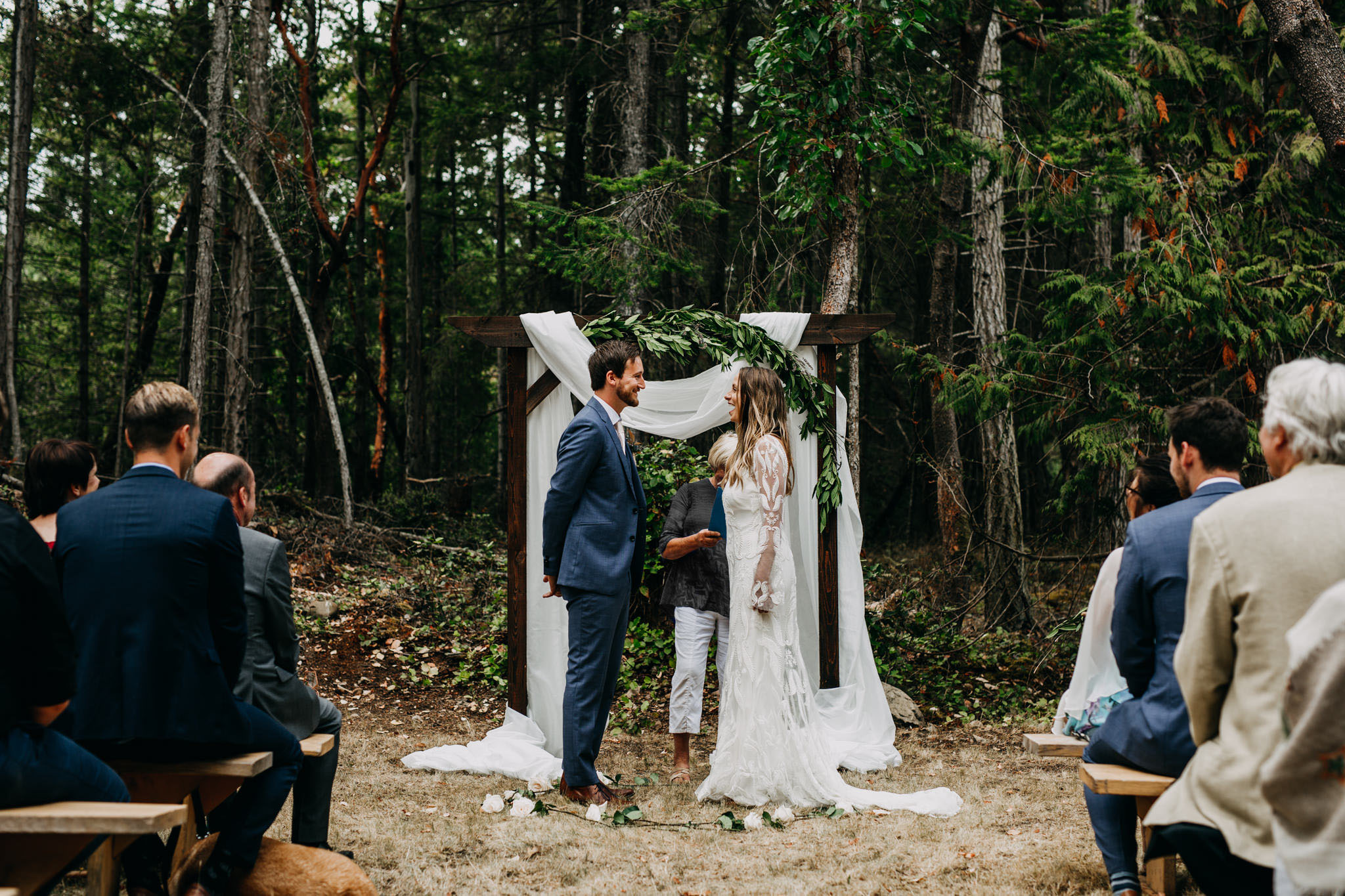 mona-rylan-mayne-island-wedding-aileen-choi-photo-web-468.jpg