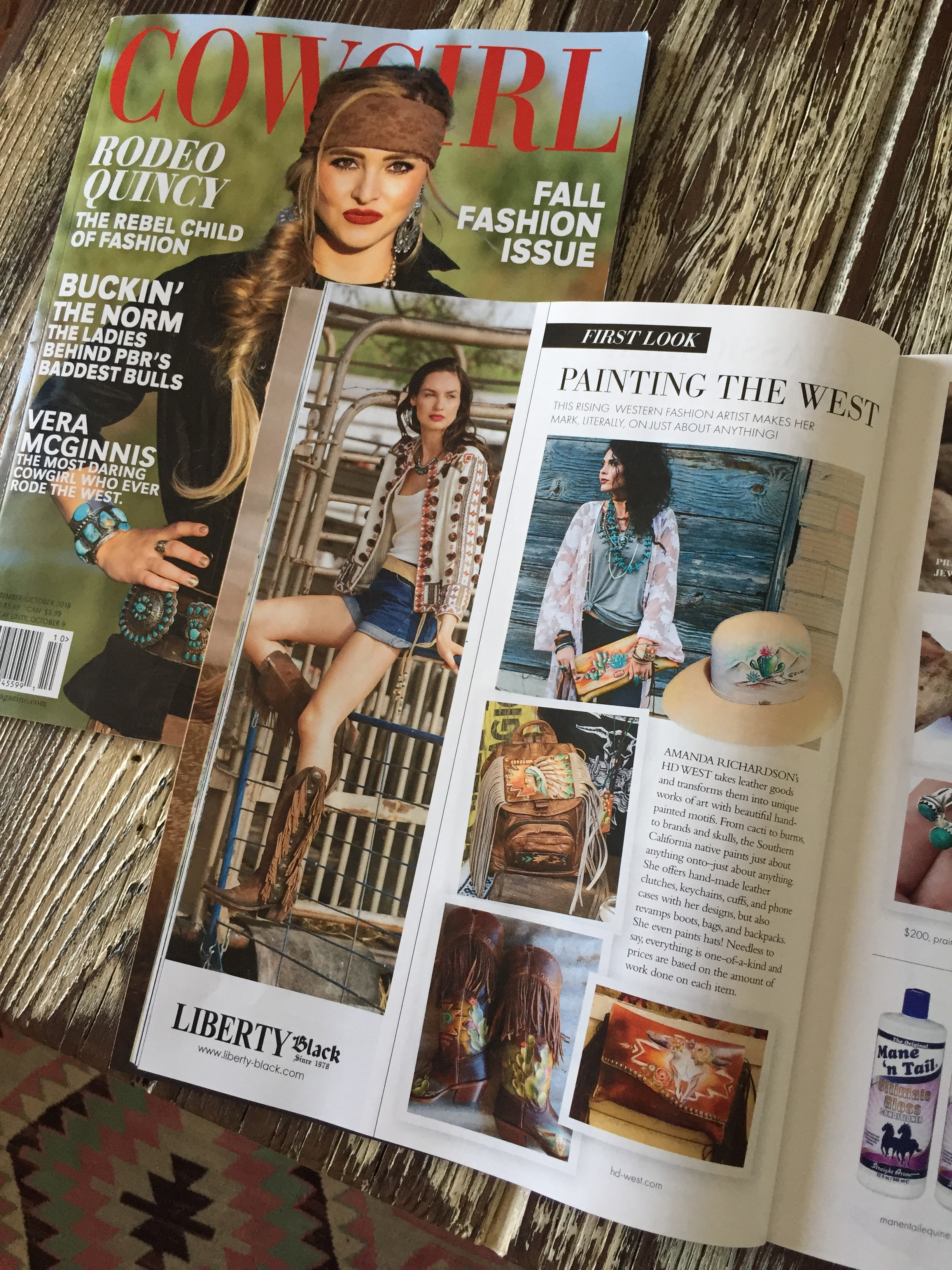Cowgirl Magazine - September 2018Painting The West