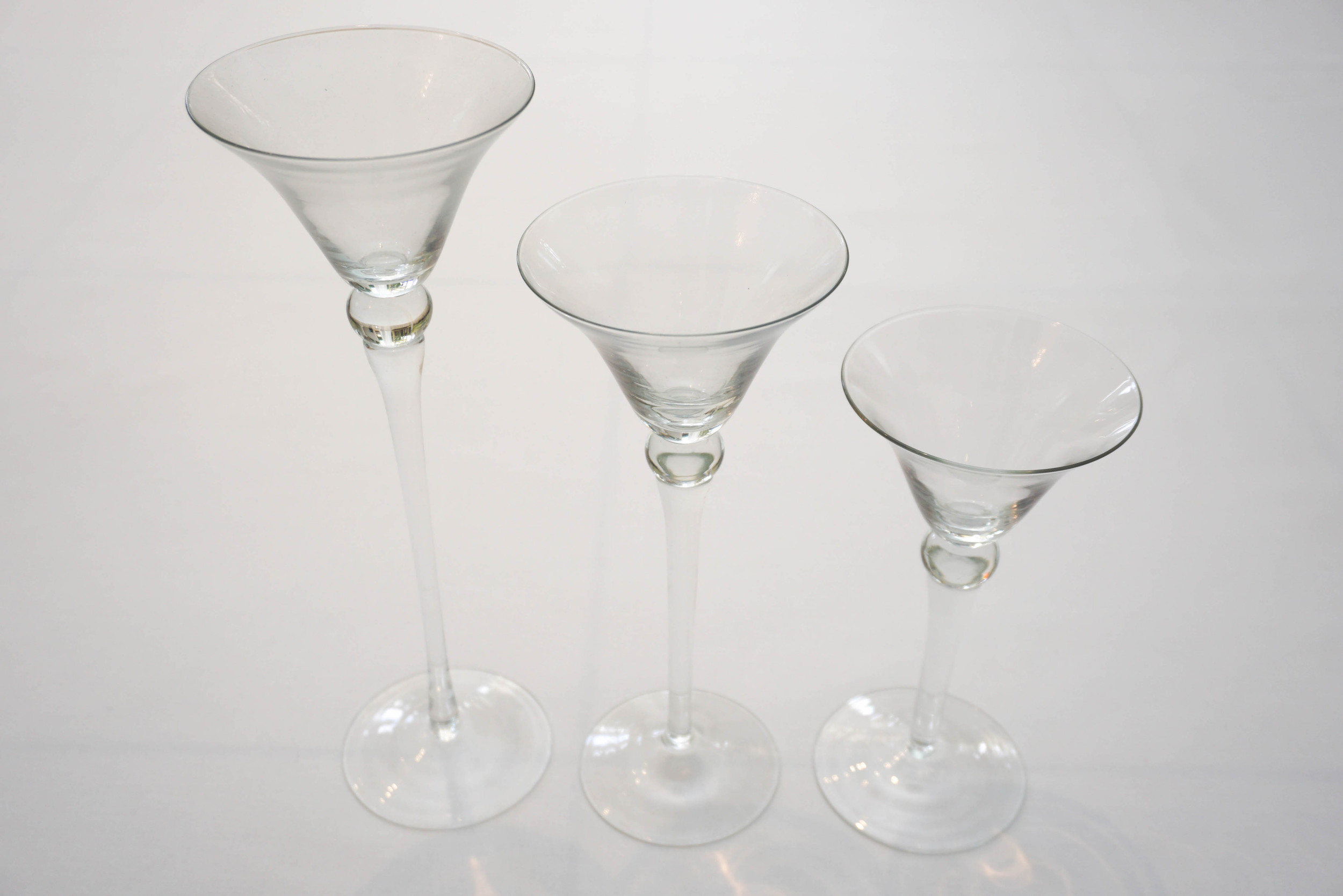 Centrepieces hire, glassware, vases and candle holders for hire