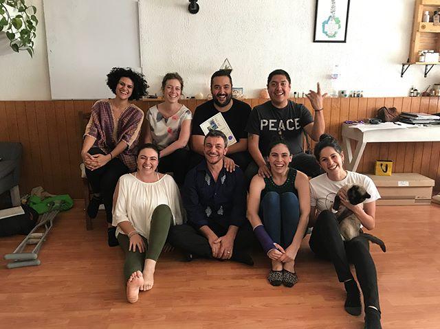 Estamos muy felices de haber tenido este gran curso de Reiki Unitario del Sonido en @eldispensarionatural. Que hermoso grupo, gracias a todos ✨🙌🏼💚😊🌿