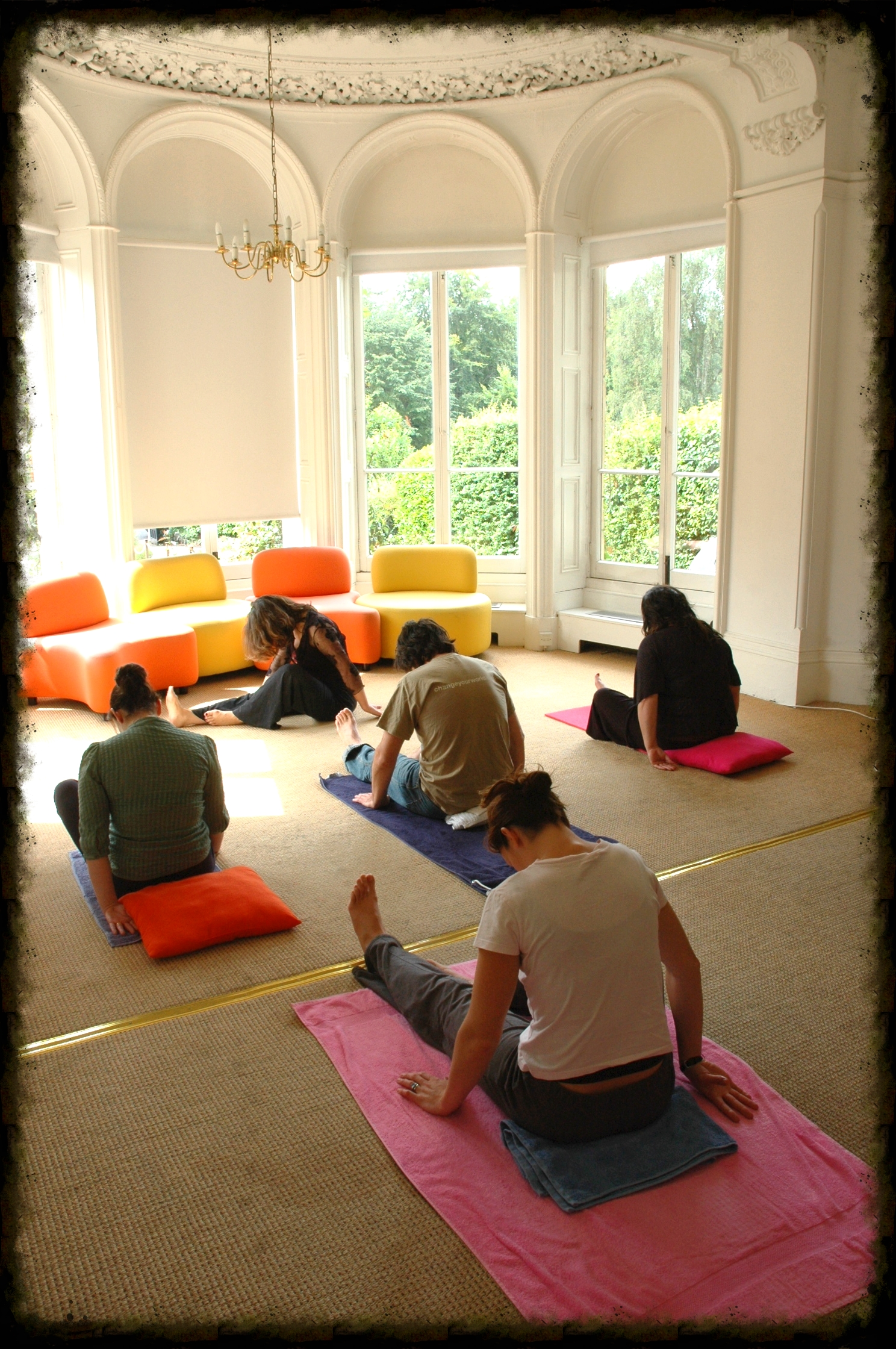 coporate-onsite-pilates-classes-in abeautiful-airy-boardroom