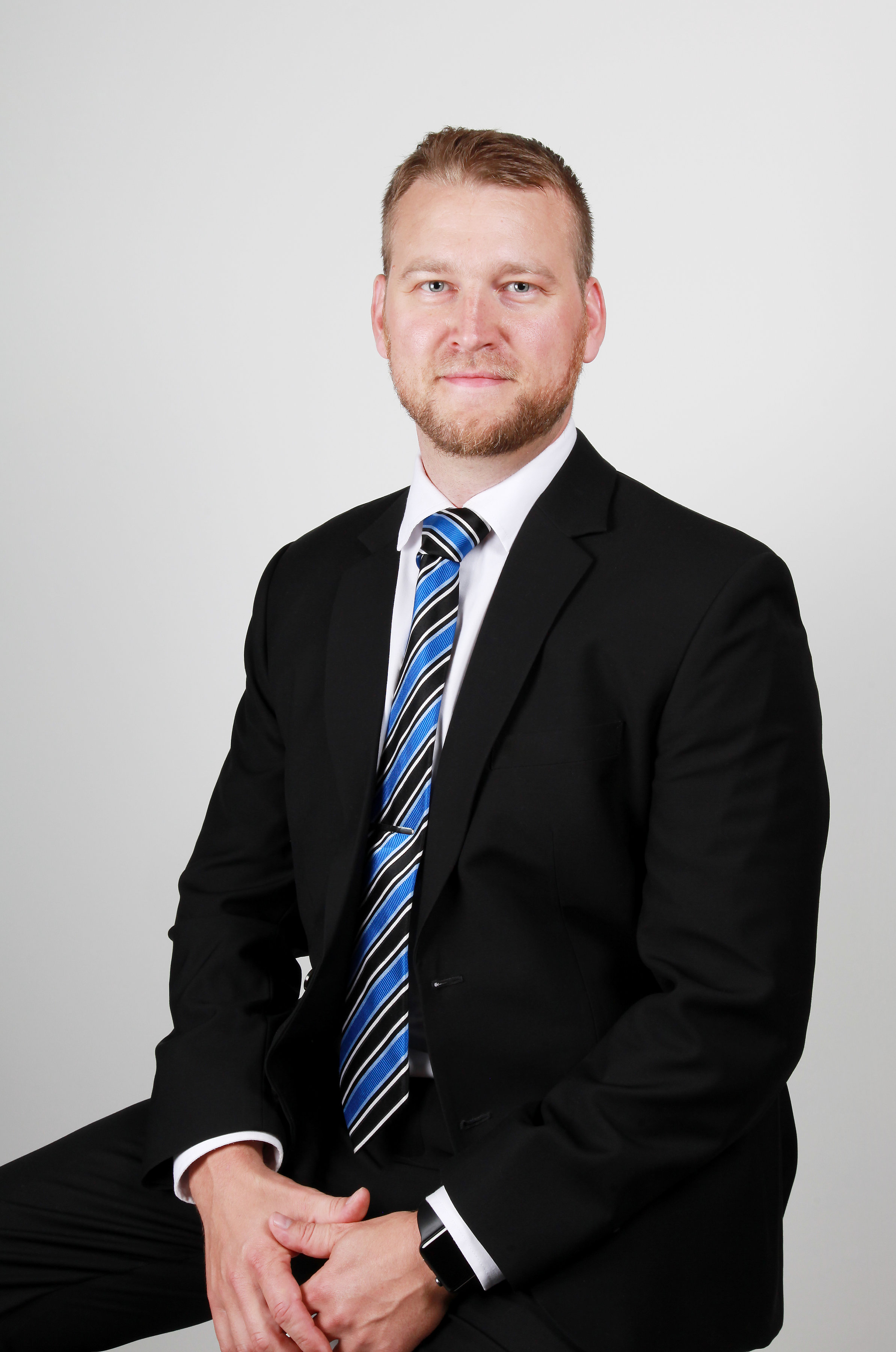 Jan Huovinen, asianajaja