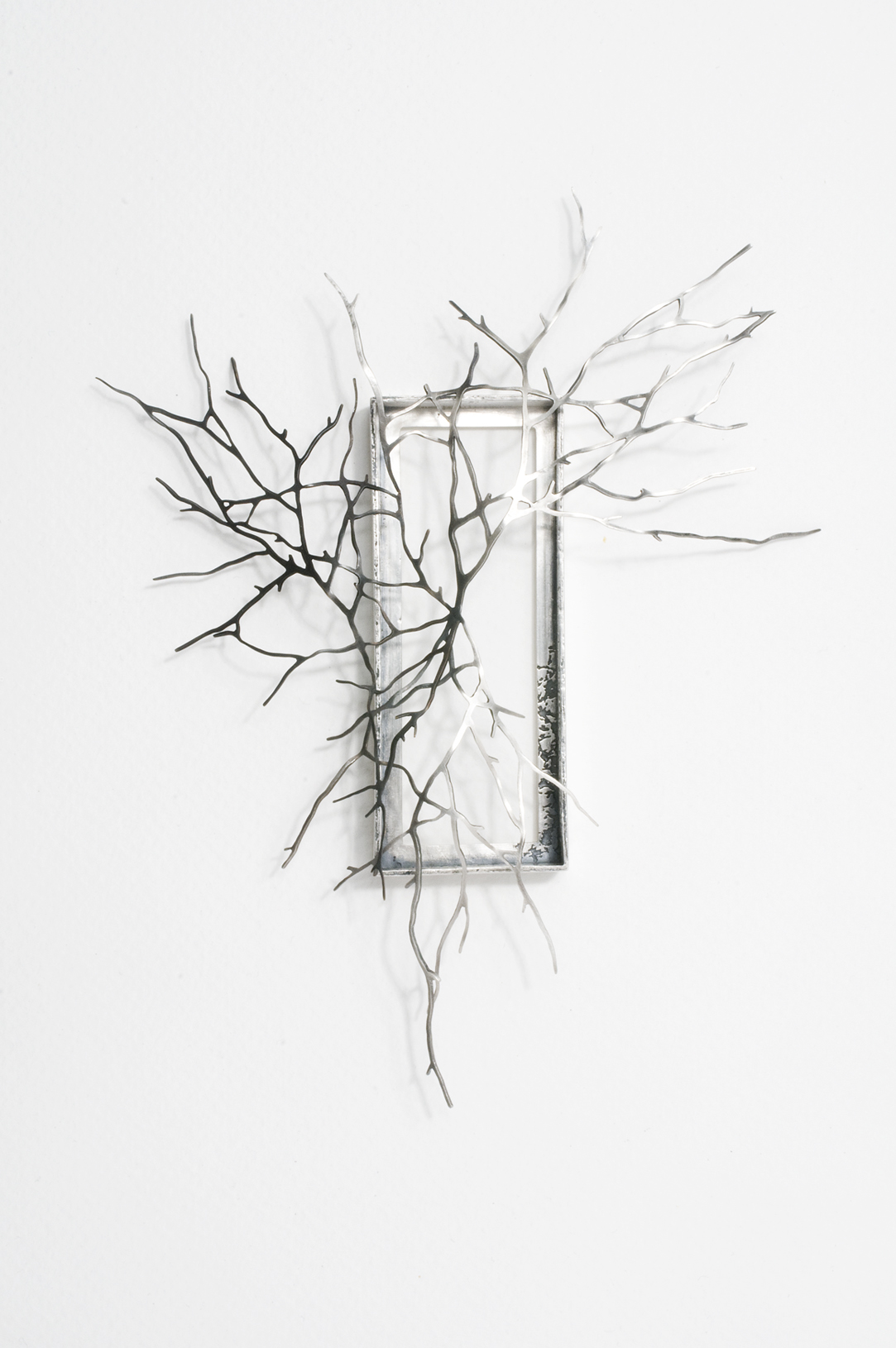Brooch - Can't see the wood from the trees 2009 (150 x 115 x 15mm).jpg
