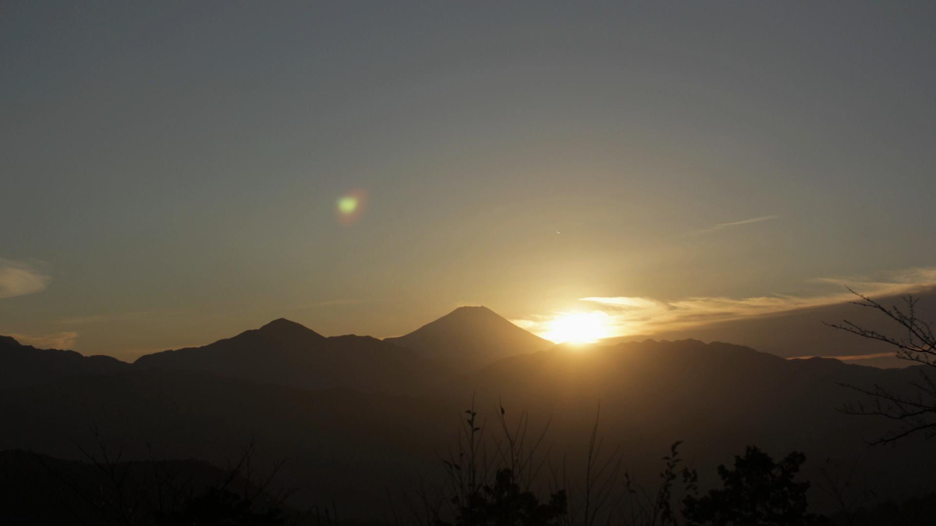 FUJI SUN DOWN.jpg