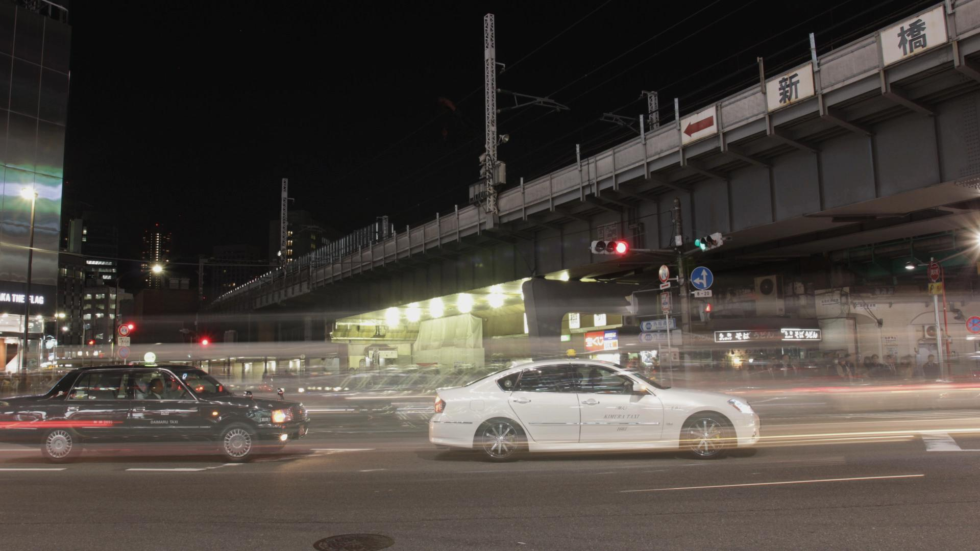 shinbashi station bridge.jpg
