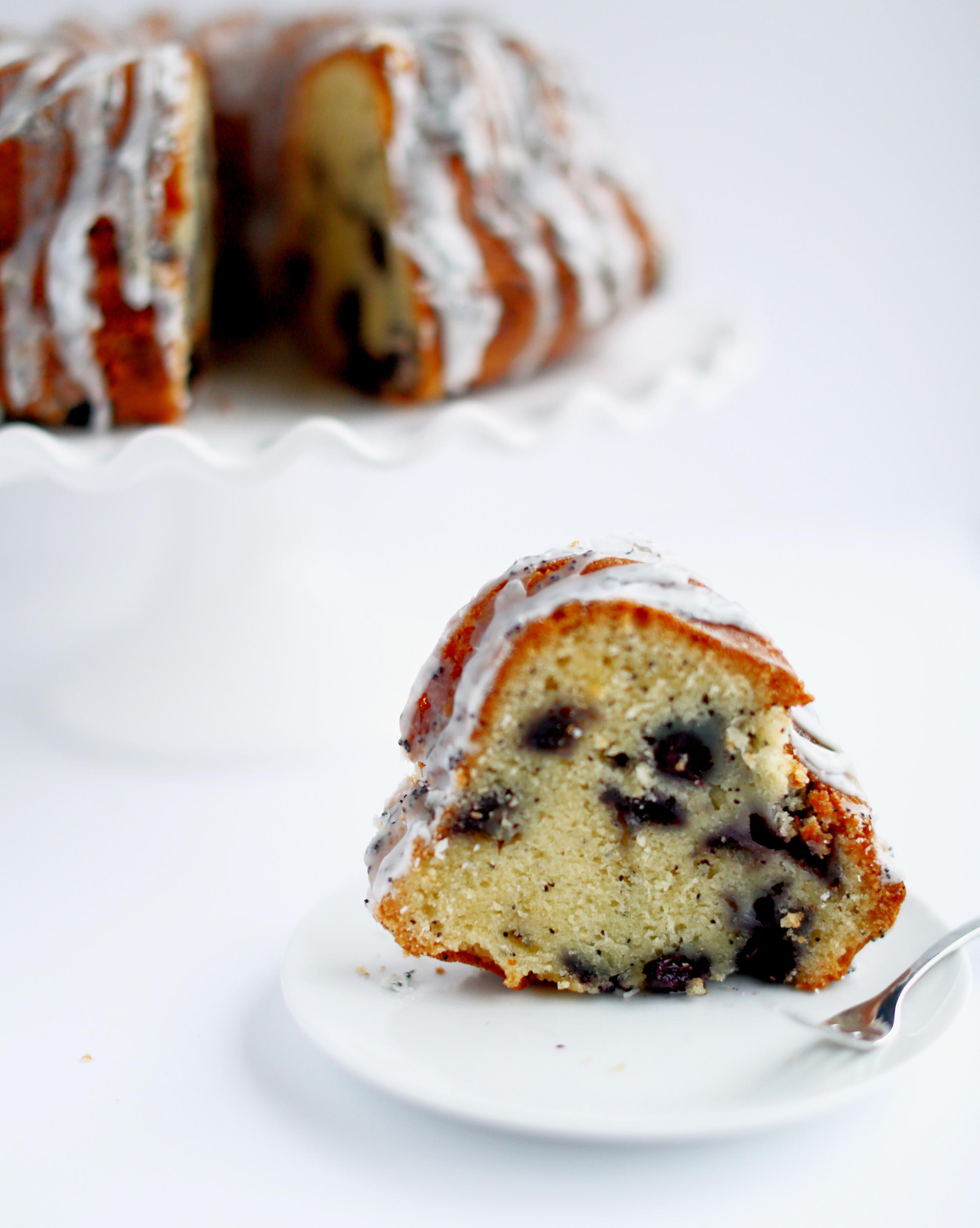 lemon blueberry poppyseed bundt cake